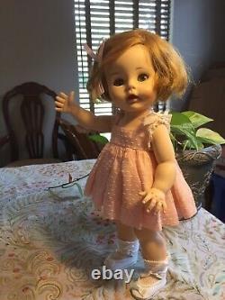 Vintage 1961 Caroline Kennedy Doll By Madame Alexander In Original Tagged Dress
