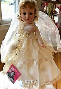 Vintage 50's American Character Bride15hard plastic, hangtag, walker PRISTINE