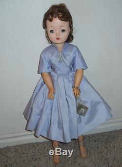 Vintage Brunette 21 Madame Alexander Cissy Doll in Lavender Dress & Jacket MIB