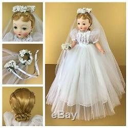 Vintage Madame Alexander 1959 Cissy Bride Doll in Pleated Tulle Gown