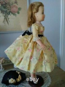 Vintage Madame Alexander Cissy 20 Doll, 1957 Yellow Floral Taffeta Dress withHat