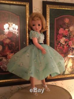 Vintage Madame Alexander Cissy Doll 20 Blonde 1950s