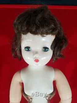 Vintage Madame Alexander Cissy Doll 20 Doll To Dress