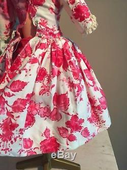 Vintage Madame Alexander Cissy Tagged Camellia Print Dress 1958