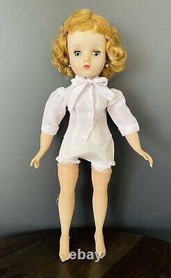 Vintage Madame Alexander Elise doll 1958 Tagged Dress Original