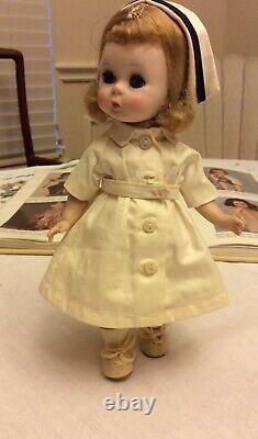 Vintage Madame Alexander HTF Wendy Nurse, #563-1956 to 1961
