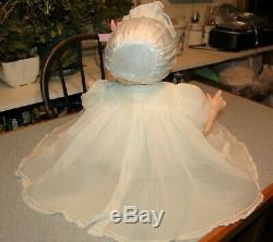 Vintage Madame Alexander Kitten Baby Doll 1961 22 org dress new crier