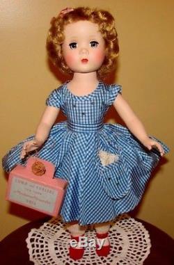 Vintage Madame Alexander Maggie Walker Doll Original Academy Fashion Award Medal
