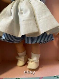 Vintage Madame Alexander Nurse 8 Wendy-kins 1964 #660 bent knee tosca