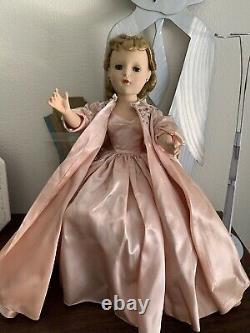 Vintage Stunning Madame 18 Alexander Lady Churchill Doll 1953 Walker