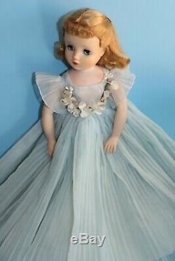 Vintage Tagged Blue Madame Alexander Elise Bridesmaid Doll Cissy's Little Sister